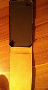 eine kaum gebrauchte in Schwarz aufklappbar IPhone S S4 Mappe , mit Magnet Schnapper in Duisburg - Hamborn abholbar , oder gegen weitere 2,65 für Versand mit Paypal bezahlbar zu versenden !! Schaut weiter in meinem umfangreichem Sortiment , vieleicht findet Ihr weitere Interssante Sachen !!