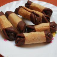 Fotografie receptu: Medové trubičky plněné čokoládovým krémem