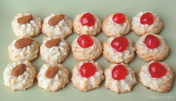 Italian Almond Paste Cookies-  Pasticcini di pasta di mandorle
