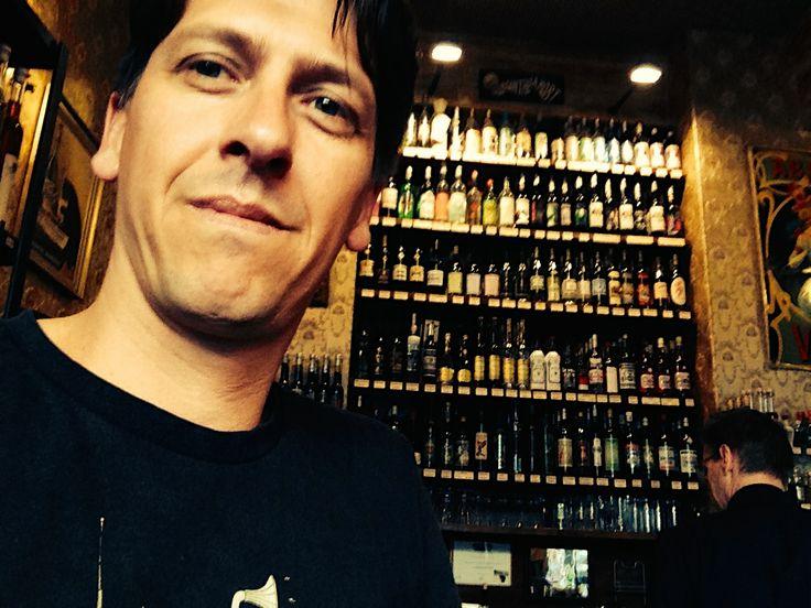 Es ist uns eine Freude mit unserem Absinthe Bizarre und weiteren Absinthe Produkten aus dem Val-de-Travers im Absinthe Depot Berlin vertreten zu sein. Euer Patrick Widmer von der Absinthe Distribution - www.absinthe-shop.ch