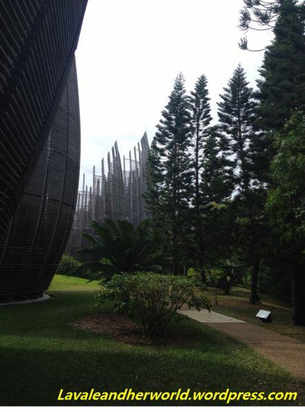 Centre Culturelle Jean-Marie Tjibaou #RenzoPiano (Photo Credit: lavaleandherworld.wordpress.com)