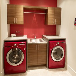 48 best images about bathroom laundry room ideas on pinterest pedestal laundry bathroom combo for Washer and dryer in bathroom designs