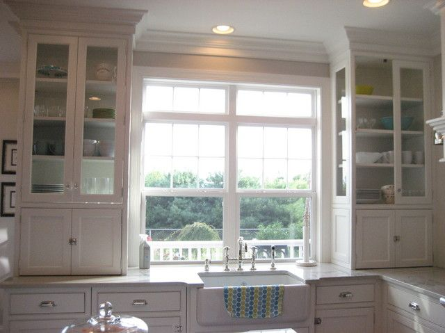 SWOON! Amazing cabinets flanking sink, Amazing counter