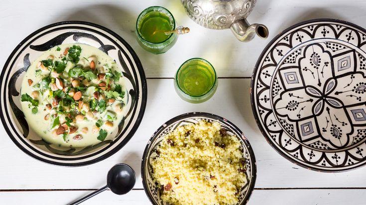 Couscous con curry verde e un sorso di thé verde? Csaba dalla Zorza vi svela le ricette della cucina marocchina, passo dopo passo. Scopritele su Dalani Magazine>>