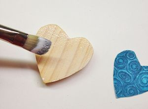 How to Decoupage on Wood