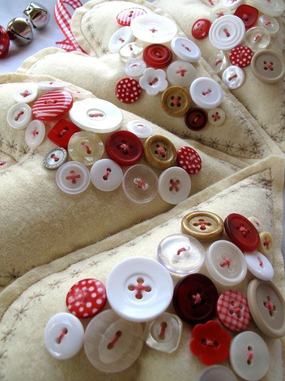 Red & White Button Hearts