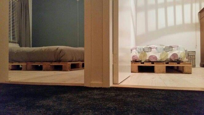 Pallets bed bedroom