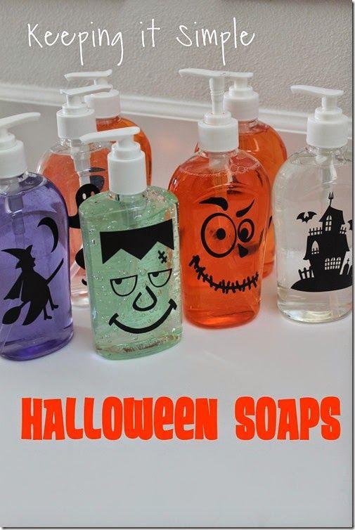 Easy Halloween Craft- Halloween Face Soaps using your Silhouette #Halloween #vinyl #silhouette @keepingitsimple