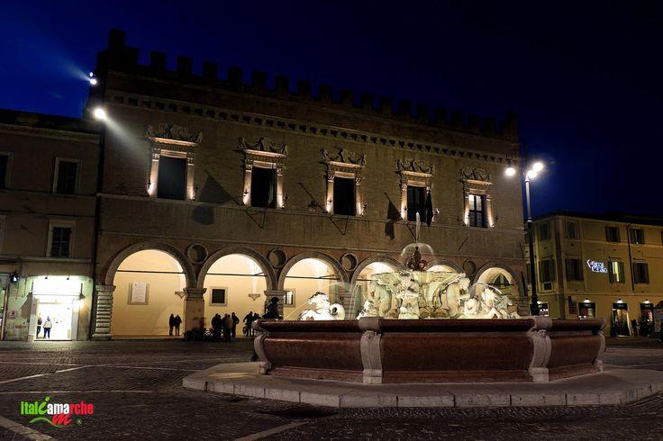 TOURISM in The Marches Region – ITALY - PESARO - Palazzo Ducale - © Copyright Photo Piero Evandri - www.italiamarche.com