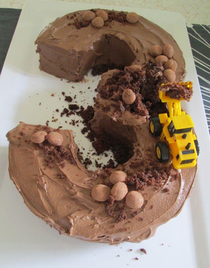 Construction (digger) birthday cake..
