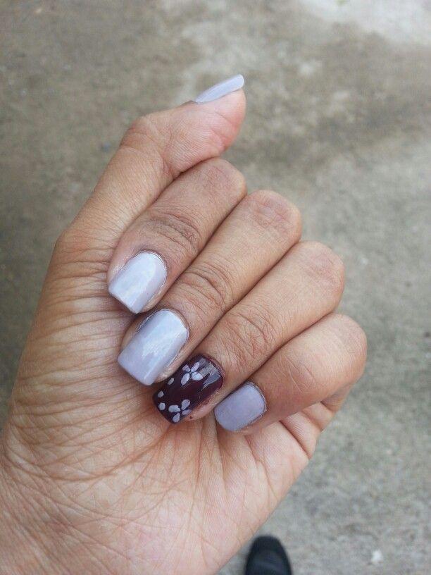 My now gorgeous nails... love the colour #essenceserendipity #flowersnailart
