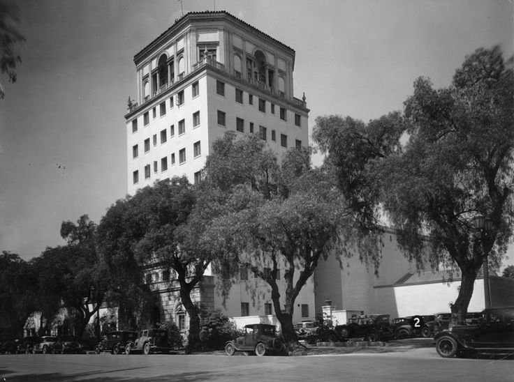 The Hollywood Athletic Club at 6525 Sunset Blvd, was built in 1924 by the architectural firm that built Grauman's Chinese Theatre and the Egyptian Theatre. At the time is was the tallest building in Hollywood. It opened as a private men's club and was a favorite with the Hollywood crowd. Members included: Charlie Chaplin, Rudolph Valentino, Cecil B. DeMille and Clark Gable. John Wayne shot billards, Humphrey Bogart played chess and Johnny Weismuller trained in the pool for his Tarzan movies.