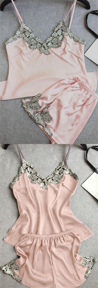 Light Pink Pajamas Suit With Imitation Silk Material