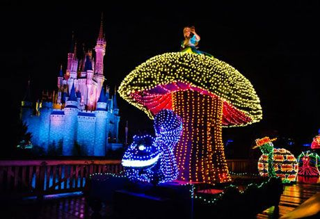 Main Street Electrical Parade - Magic Kingdom - Walt Disney World.