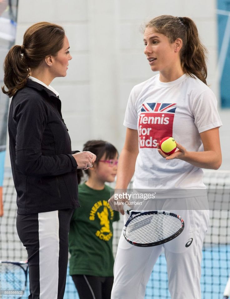 Catherine, Duchess of Cambridge talks to Johanna Konta during a visit to the Lawn Tennis Association at National Tennis Centre on October 31, 2017 in London, England.  The Duchess of Cambridge became Patron of the LTA in December 2016.  (Photo by Mark Cuthbert/UK Press via Getty Images)