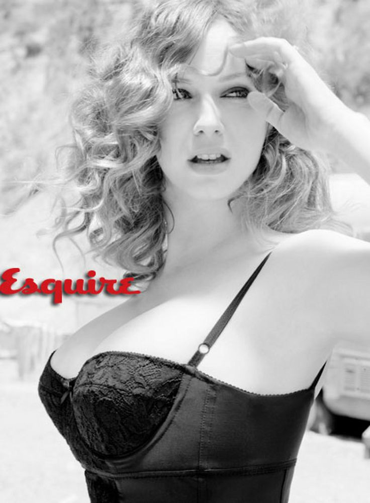 Christina Hendricks - This woman reminds me that it's not a bad thing to be curvy.
