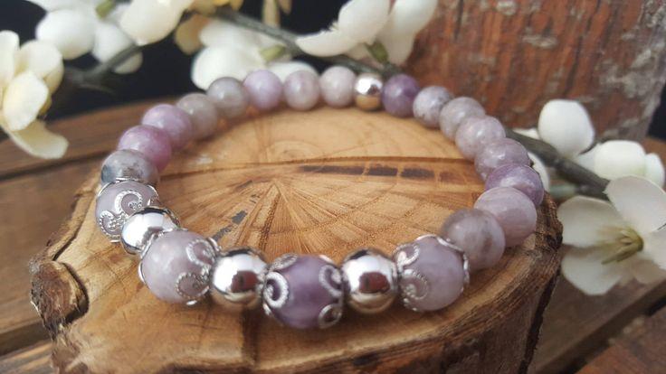 Bracelet mala/ Quartz lilas/ billes acier inoxydable/  Bracelet élastique / Bracelet yoga/  Bracelet Boho / Bracelet femme/ Bracelet énergie de la boutique CreationL sur Etsy