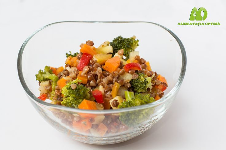 """Salată de hrișcă """"asortată"""" cu legume la abur = o cină minunată! » Alimentația Optimă"""