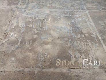 Detail podlahy před renovací