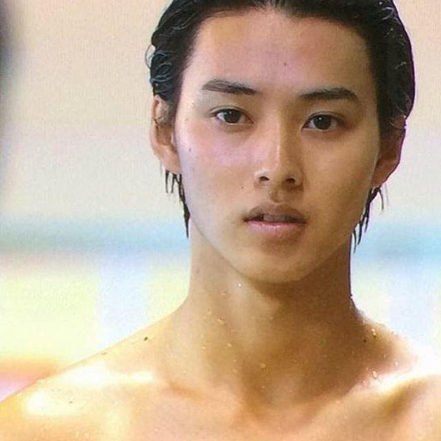 裸もイケメン #山﨑賢人#kentoyamazaki#やまざきけんと#水球ヤンキース#水球