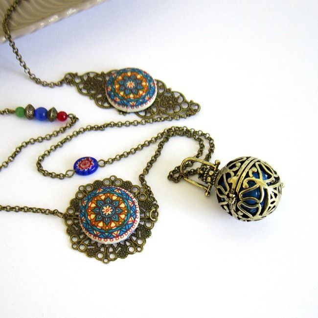 Bola de grossesse bohème gypsy bronze, bleu, rouge, vert, cadeau femme enceinte, cabochons mandalas : Collier par color-life-bijoux