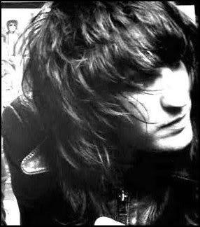 <3 Noel Fielding's hair