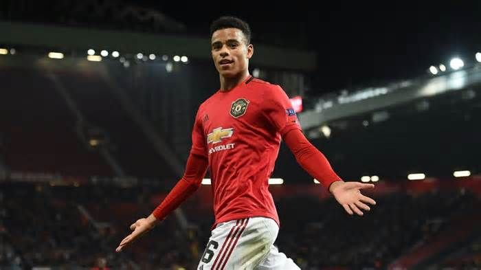 Manchester United Sign Mason Greenwood To New Long Term Deal Get The Latest News For Manchesterunited Inside Pi Man United Manchester United Senior Football