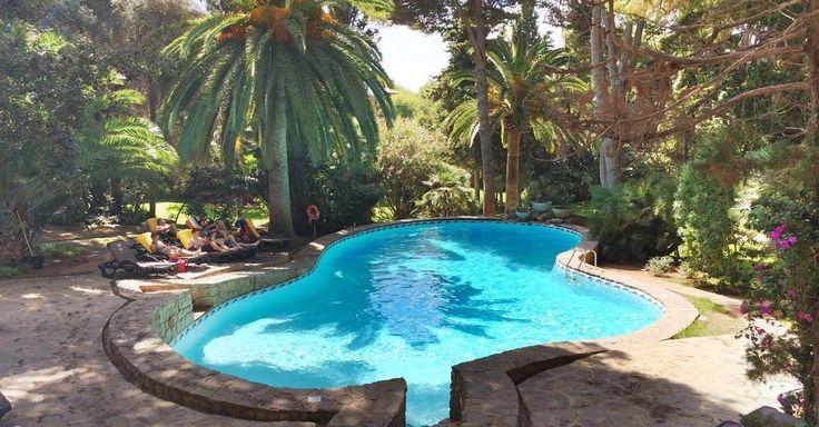 Dieser süße Pool gehört zum Hotel Lago Garden am Ortsrand des kleinen Fischerdorfs Cala Ratjada im Osten Mallorcas - Foto
