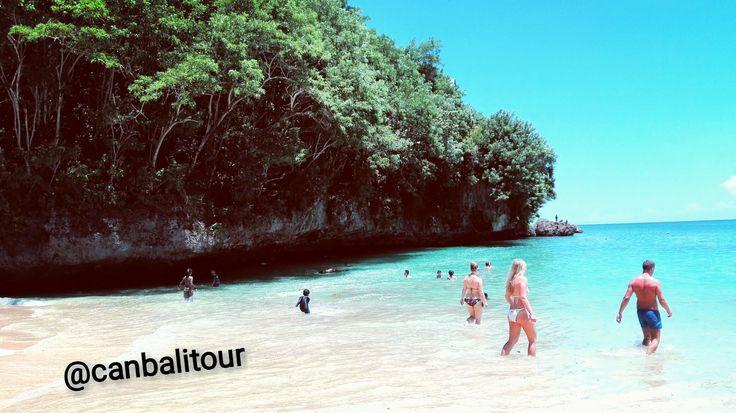 Pantai Padang Padang, Uluwatu