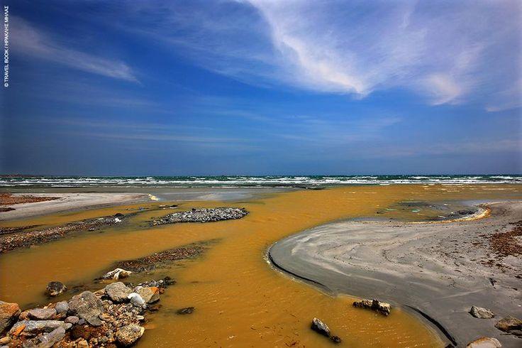 Οταν ο ποταμός συναντά τη θάλασσα στο Κέρος, το αποτέλεσμα είναι αυτό