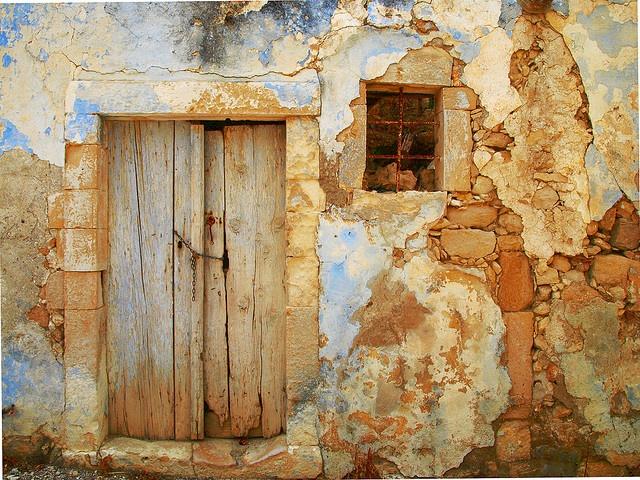 Chained door barred window-Magarites-Crete--Mija's photostreamhttp://pinterest.com/pin/151270639/#