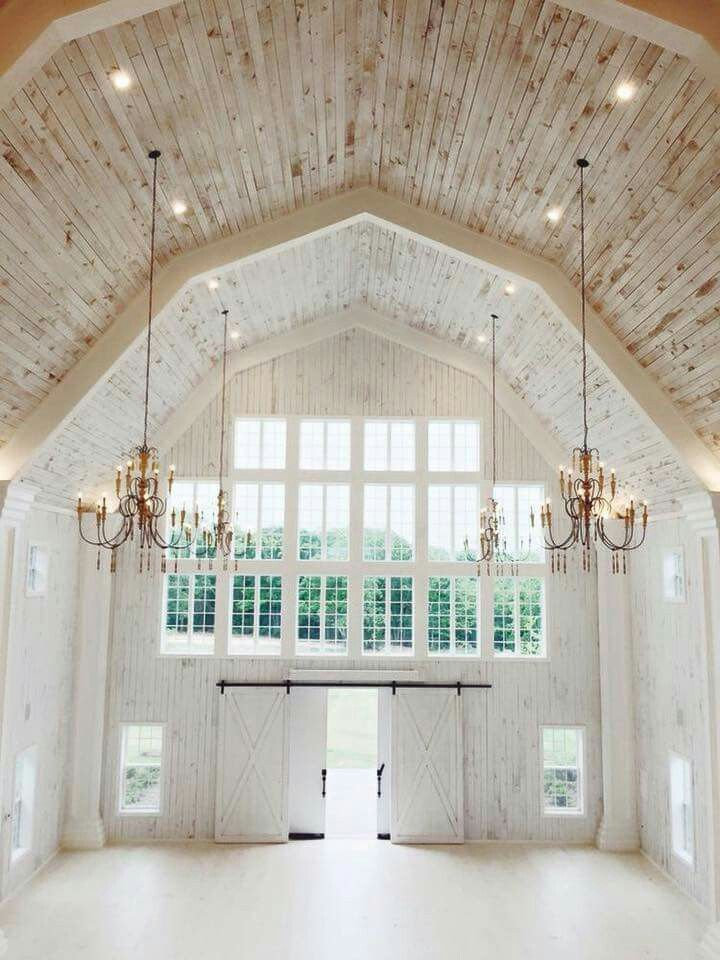 White sparrow barn in Quinlan Texas. (Oh to live in this!)