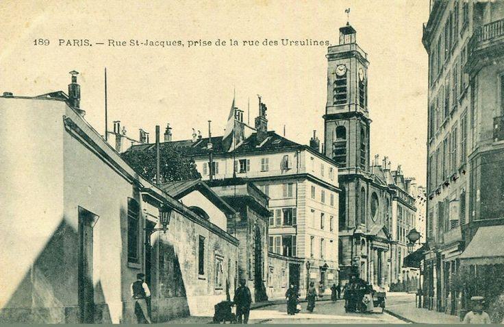 La rue Saint-Jacques et l'église Saint-Jacques-du-Haut-Pas vus depuis l'angle avec la rue des Ursulines  (Paris 5ème)