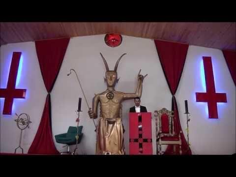CONOZCA la gran iglesia de adoración al DIABLO  esta en Colombia y se ha...