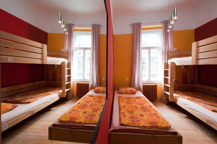 6-bed mixed dormitory