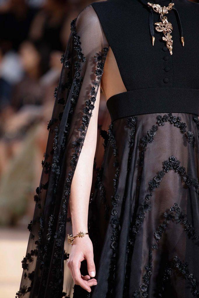 Valentino Mirabilia Romae Fall 2015 Haute Couture #details