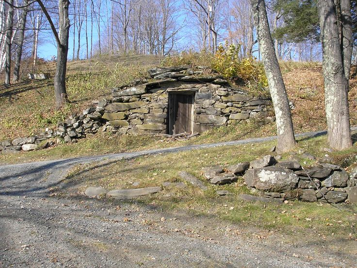 how to build a root cellar on flat ground