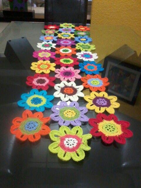 Camino de mesa caminos y flores crochet pinterest mesas for Camino de mesa a crochet