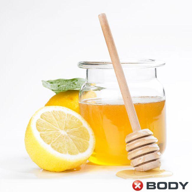 Banyodan veya yüzünüzü yıkadıktan sonra 2 kaşık bal ve 1 kaşık limon suyunu karıştırıp kullanacağınız maskeyi haftada 2 kere uygularsanız cildiniz daha parlak ve sağlıklı görünecektir.