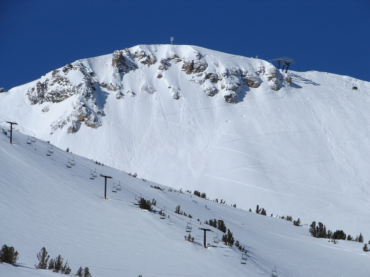 Mammoth mountain on a blue bird powder day chair 5 and for Chair 23 mammoth