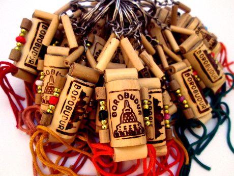 Gantungan Kunci Bambu, Gantungan Kunci Dari Bambu