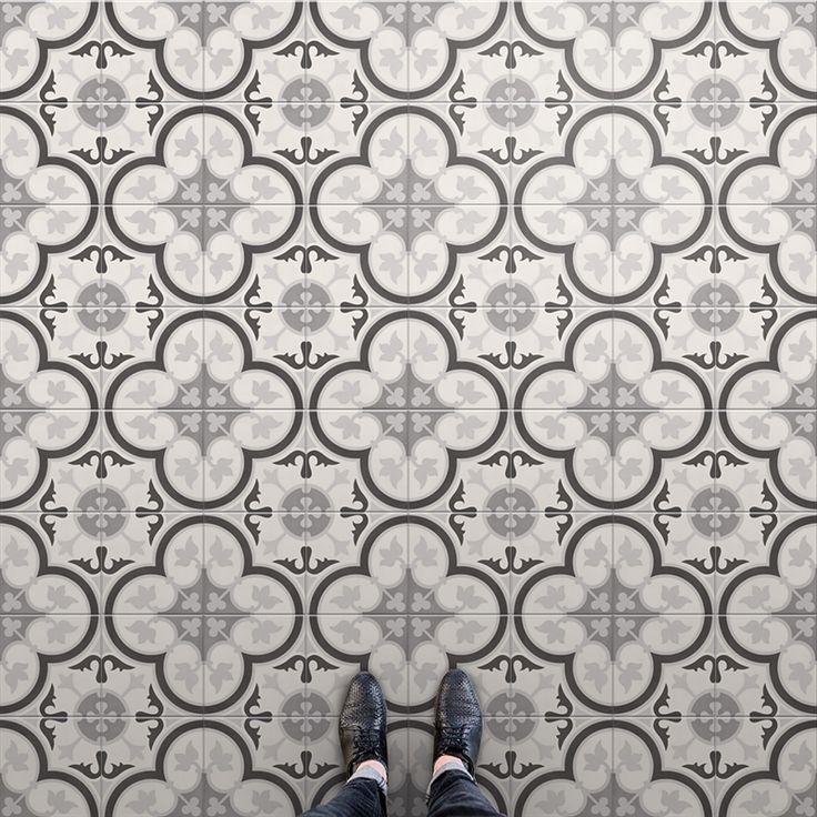 En snygg Marrakeshliknande klinker som passa på golv i badrum, hall eller ett uterum. Även utmärkt på vägg i tex ett kök. En klinker med hög designfaktor och ett brett spektrum.