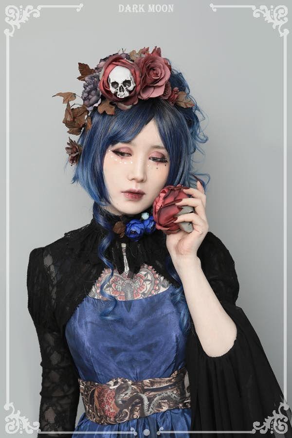 Pin on Gothic Lolita inspo