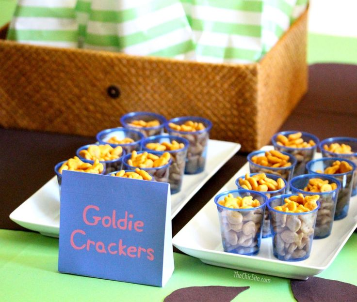 Peppa Pig Party Goldie Crackers
