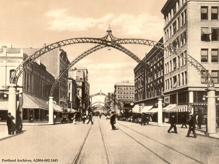 Here Are The Oldest Photos Ever Taken In Portland And Theyu0027re Incredible. Arch StreetStreet L&Street ... & The 25+ best Arch street ideas on Pinterest | Medina city ... azcodes.com