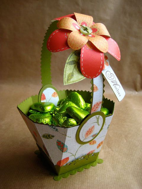 Freebie - Octagon Basket - Great Website, Lots of Very ...