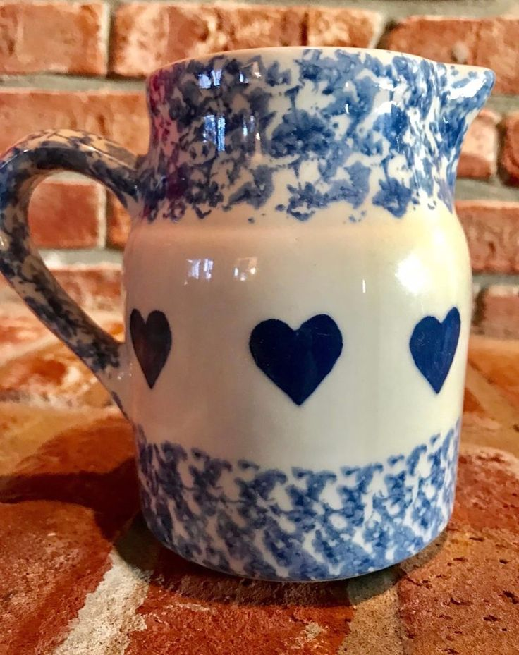 "Gerald E Henn Pottery 1 Qt BLUE HEART Spongeware Pitcher 5"" Tall Roseville Ohio"