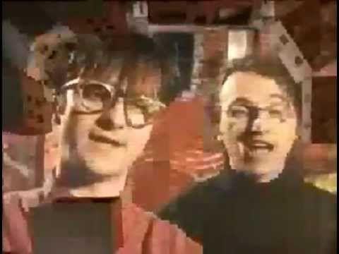 Les Colocs - La Rue Principale (clip 1993) - YouTube