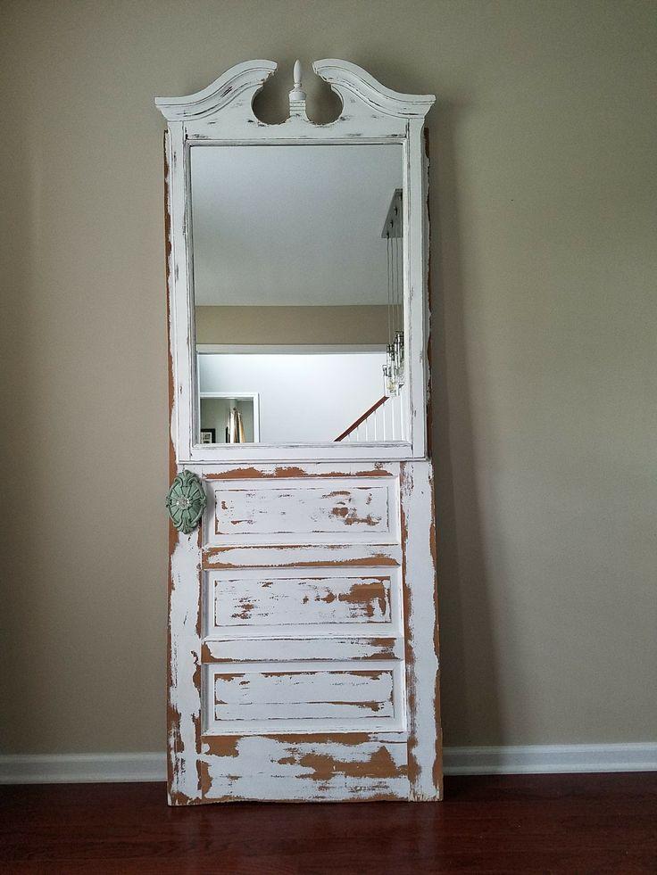 Refurbished Door and vintage mirror.  #vintage #whitepaintedfurniture #farmhouse decor #terrabella Acrylic-chalk paint