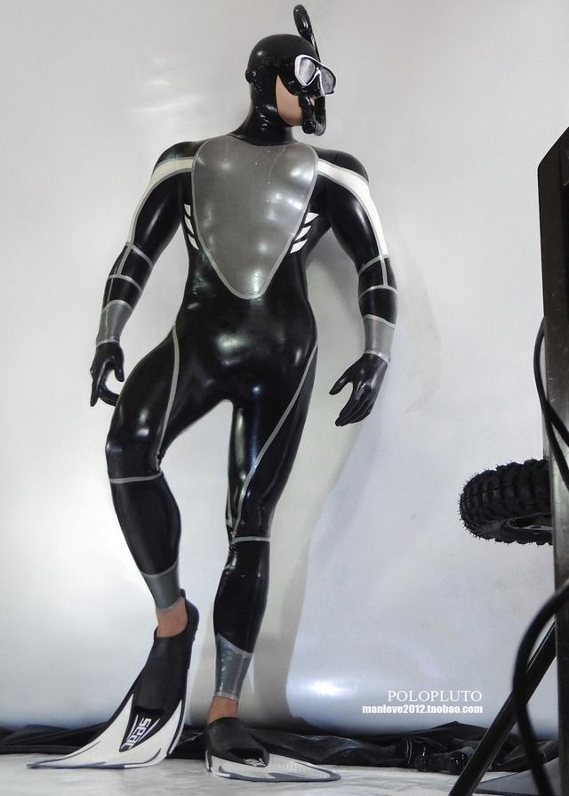 a4dc104a5126 Pin by Robb Roidt on Scuba | Latex suit, Latex, Neoprene rubber